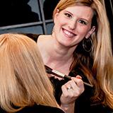 Als professionelle Maskenbildnerin ist unsere Kollegin <b>Mira Schwarz</b> die <b>...</b> - friseursalon-claudi-schwarz-potsdam-make-up